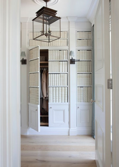 Traditional Entry by Hayburn & Co