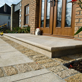 Contemporary Landscape Design - Granite Entrance Step