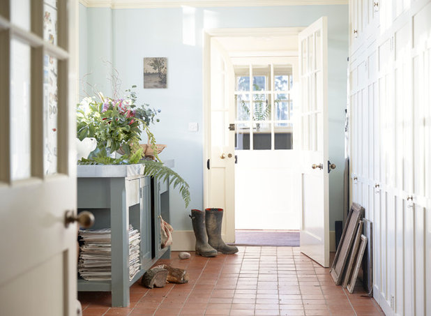 Traditional Entrance by Anna Standish Interiors