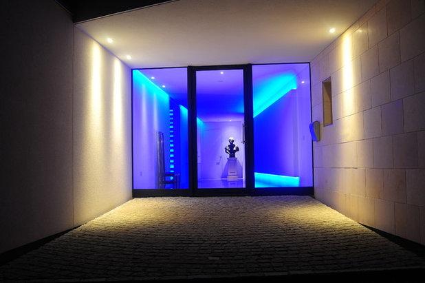 How to Illuminate Entrances and Hallways Beautifully