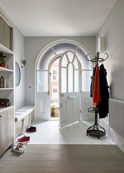 Scandinavian Entrance by Indie & Co.