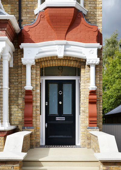 Victorian Entrance by Dyer Grimes Architecture