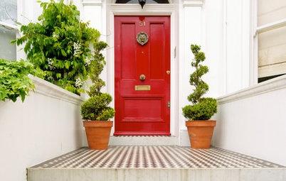 味わいのある美しいデザインをもっと楽しもう! アンティークドアの種類と選び方