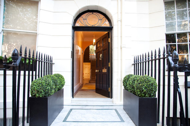 Traditional Entrance by Internal Desires UK