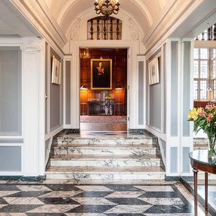 Entryway - traditional entryway idea in London