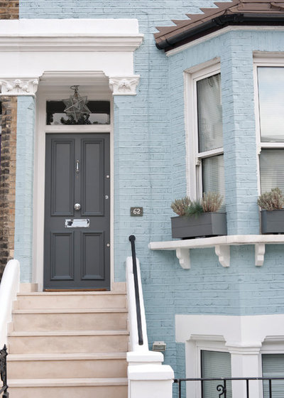 Traditional Entry by Farrow & Ball