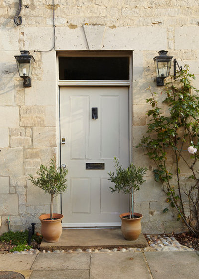 Farmhouse Entry by Farrow & Ball