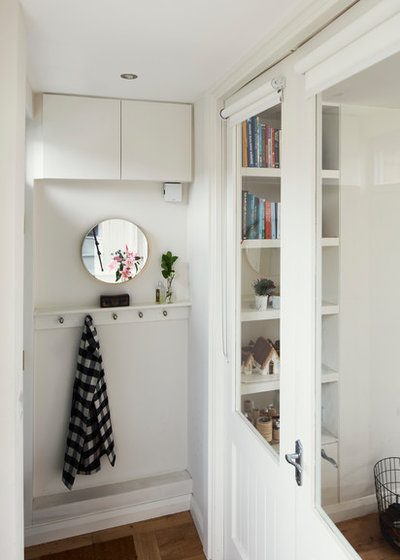Scandinavian Entry by houseology