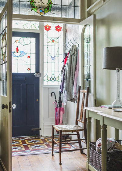 Victorian Entrance by Nadia Reid Indoor Design