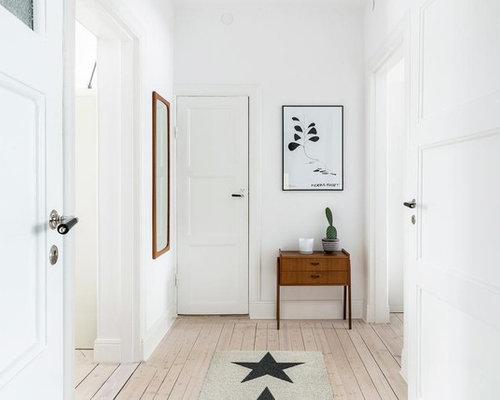 entr e scandinave avec un couloir photos et id es d co d 39 entr es de maison ou d 39 appartement. Black Bedroom Furniture Sets. Home Design Ideas