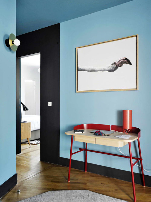 hall d 39 entr e avec un mur bleu photos et id es d co de. Black Bedroom Furniture Sets. Home Design Ideas
