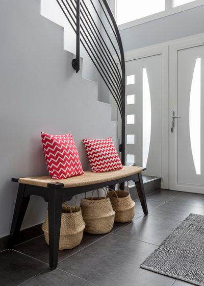 Contemporain Entrée by Delphine Guyart Design