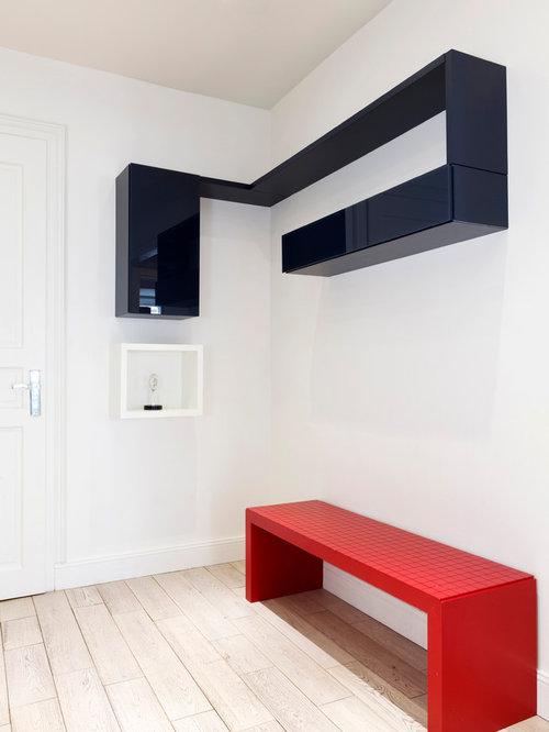 Living noir rouge et blanc et chambre ensoleill e paris for Chambre noir et rouge
