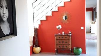Mise en couleur d'une maison d'architecte à la campagne