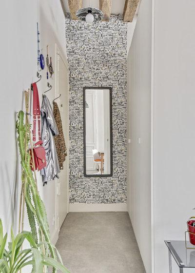 Romantique Entrée by Transition Interior Design