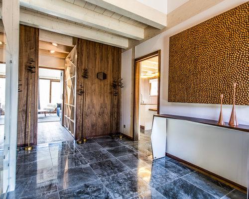 Hall d\'entrée moderne avec un mur blanc : Photos et idées déco de ...