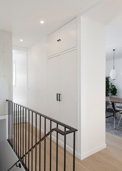 Contemporary Entry by atelier daaa