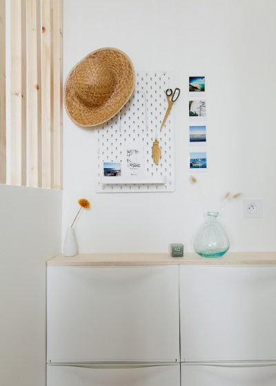 玄関 by Cécile Humbert - Design d'intérieur