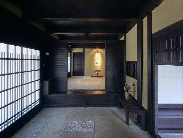 コンテンポラリー 玄関 by 大西憲司設計工房