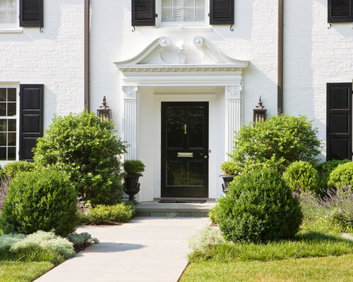 Best colonial front doors design ideas remodel pictures for Colonial entry door
