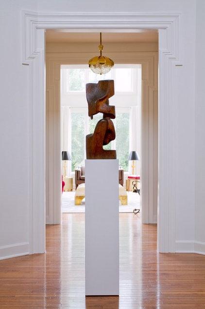 Contemporary Entry by Raji RM & Associates