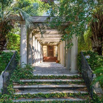 24 Seagrass Lane - Italian Style Vila With Five Islands