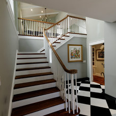 Traditional Entry by Fritz Construction, Inc.