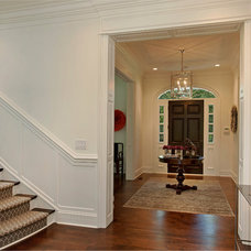 Traditional Entry by Heritage Luxury Builders
