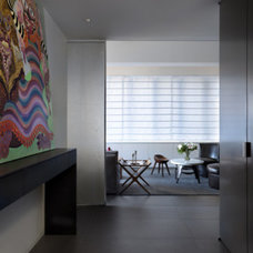 Modern Entry by Fiedler Marciano | Architecture