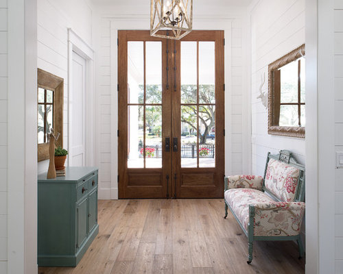 Small entryway design ideas renovations photos with a for Small double front doors