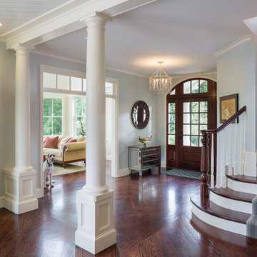 A Gracious, Airy Home