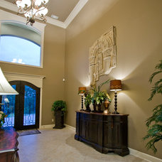 Transitional Entry by D&D Homes