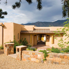 Southwestern Entry by EcoNest Architecture Inc