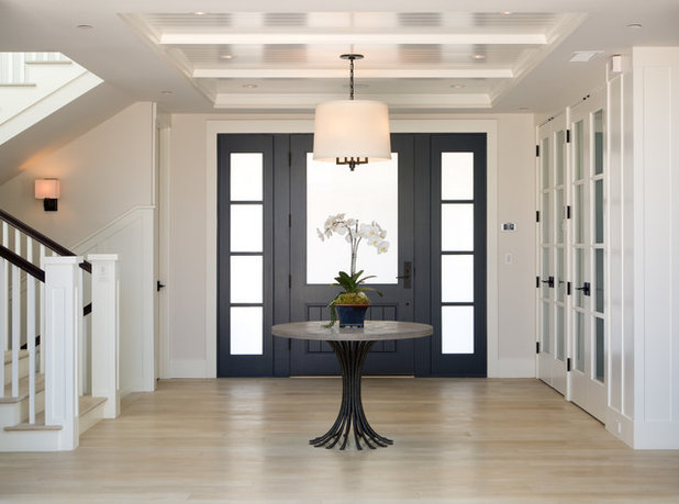 Transitional Entry by Christian Rice Architects, Inc.
