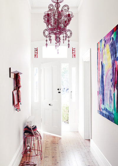 Contemporary Entry by Dulux Paint