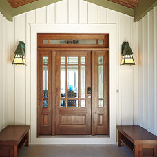 Beach Style Entry by Visbeen Architects