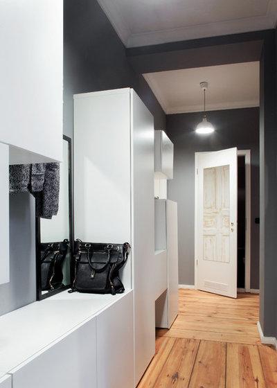 Modern Eingang by Luca Girardini - Photos