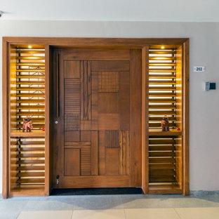 Esempio di un ingresso o corridoio minimalista