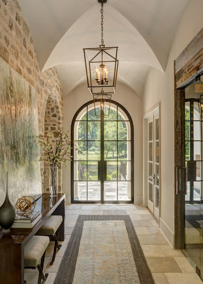 American Traditional Entry by Kingswood Custom Homes