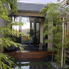 modern entry by modern house architects
