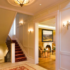Traditional Entry by Rybak Architecture & Development, P.C.
