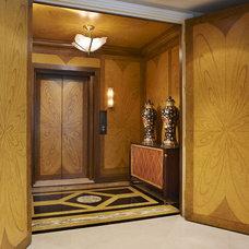 Contemporary Entry by Arnold Schulman Design Group