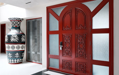 Bangalore Houzz: A Grey Rustic Scheme is Quenched With Bold Red