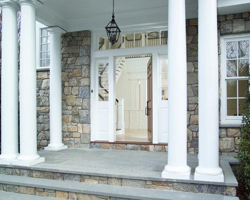 Entr e avec une porte marron new york photos et id es for Porte brown llc