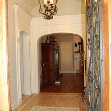 Traditional Entry by Matt Patterson Custom Homes