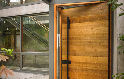 Wooden Doors vs Fibreglass Doors: Which Are Better?