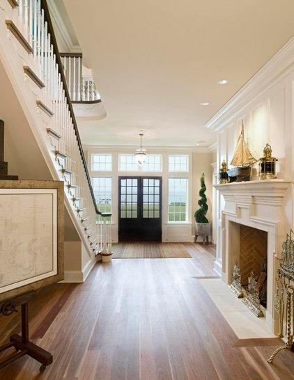 Traditional Entry by Bruce Palmer Coastal Design