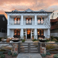 traditional entry by Brandon Architects, Inc.