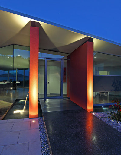 Contemporary Entry by Clever Design