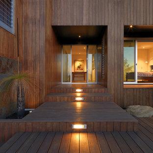 Single front door - contemporary single front door idea in Melbourne